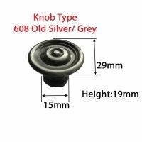 knob-608-silver